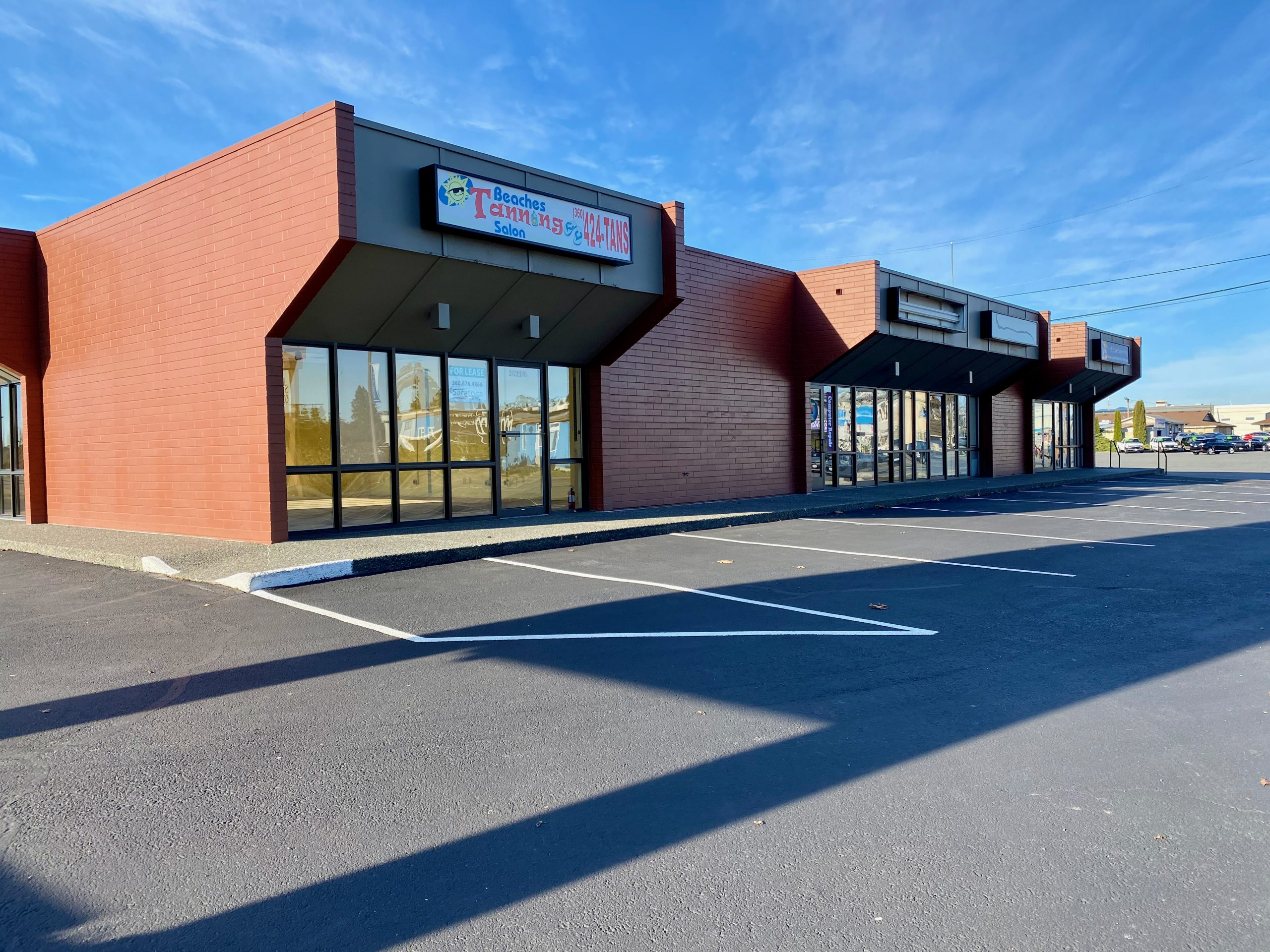 Retail/Office Lease – 2025 Riverside Dr., Mt. Vernon, WA